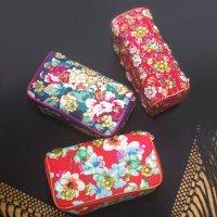 花柄プリントスパンコール刺繍ポーチ