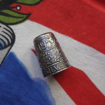 エリザベス女王戴冠25周年 Silver Jubilee シルバー製シンブル