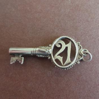 21の鍵・シルバーチャーム