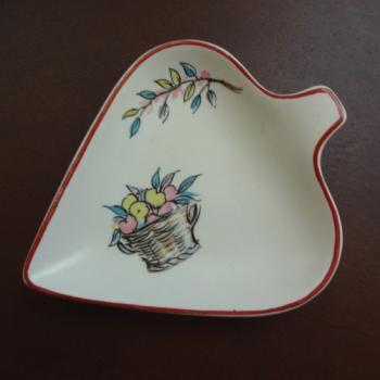 Crown Ducal スペード型小皿