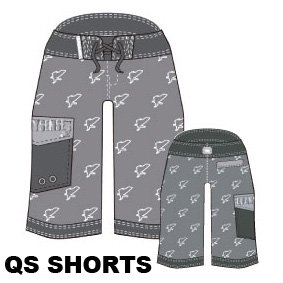 <img class='new_mark_img1' src='https://img.shop-pro.jp/img/new/icons34.gif' style='border:none;display:inline;margin:0px;padding:0px;width:auto;' />QS SHORTS (GRAY)