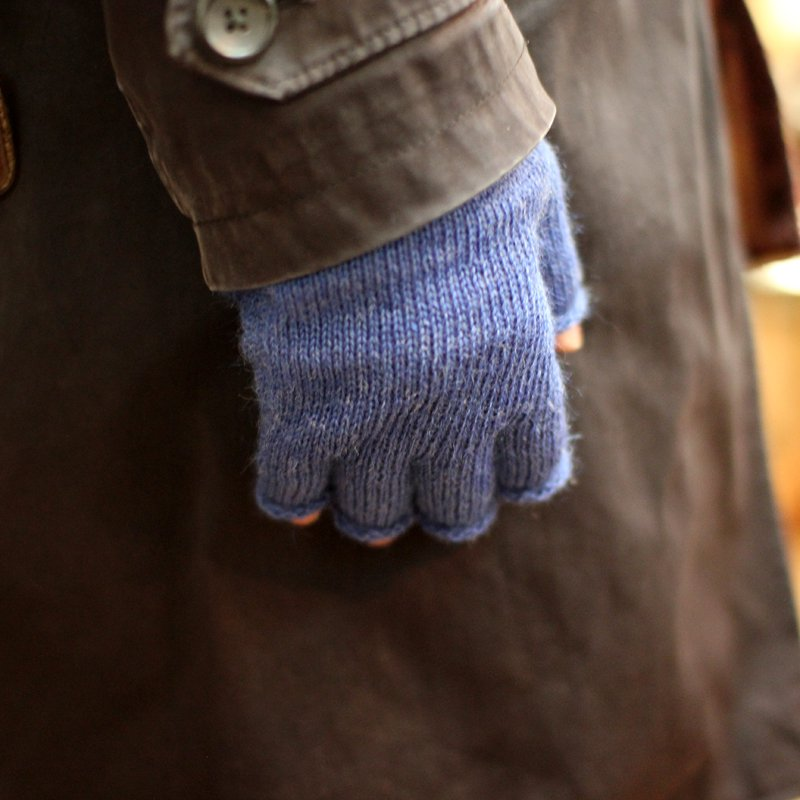 Black Sheep * Fingerless Glove 4Colors