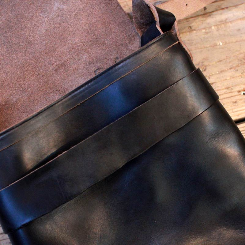 Fernand Leather * Kerry Pouch Large