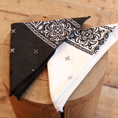 KNIFE WING * EMBROIDERY BANDANA CROSS /MONOTONE