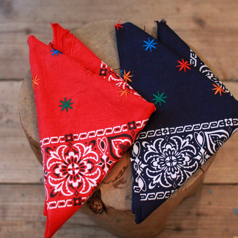 KNIFE WING * EMBROIDERY BANDANA / FLOWER