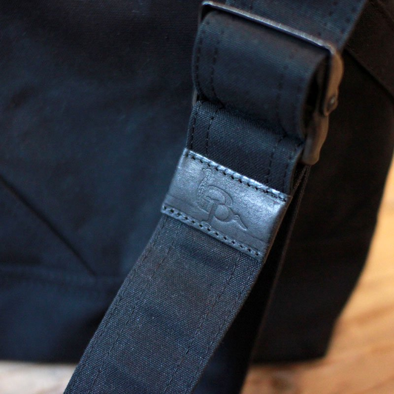 ripa * gron / Large Black