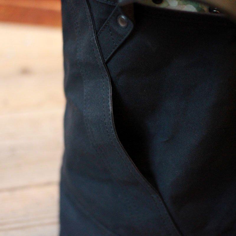 ripa * gron / Medium Black