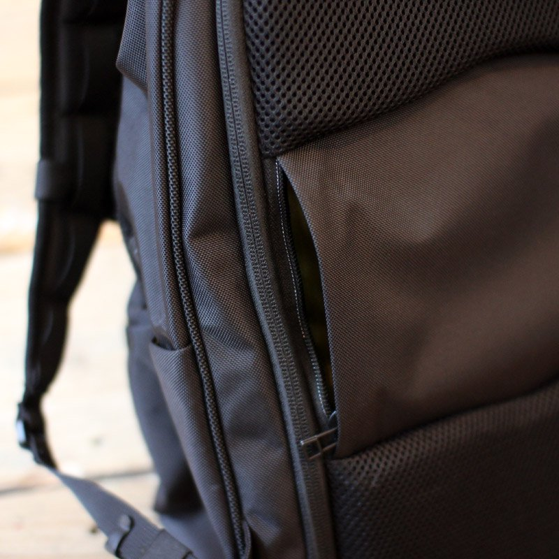 nunc * Holiday BackPack