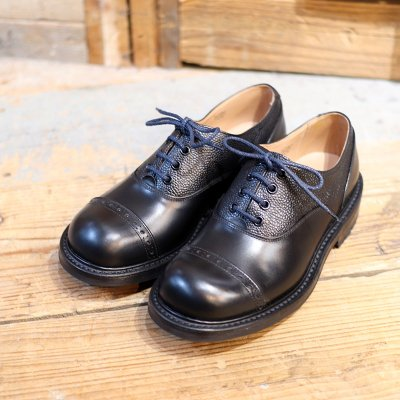 Quilp by Tricker's * Two Tone Oxford Black