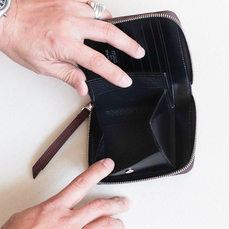 ITUAIS * Round Zip Short Wallet    Russian Calf
