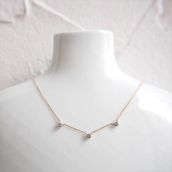 NUQUEニューク/K18YGプラチナダイヤモンド3粒ネックレス