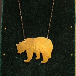 動物シルエットネックレス「クマ」