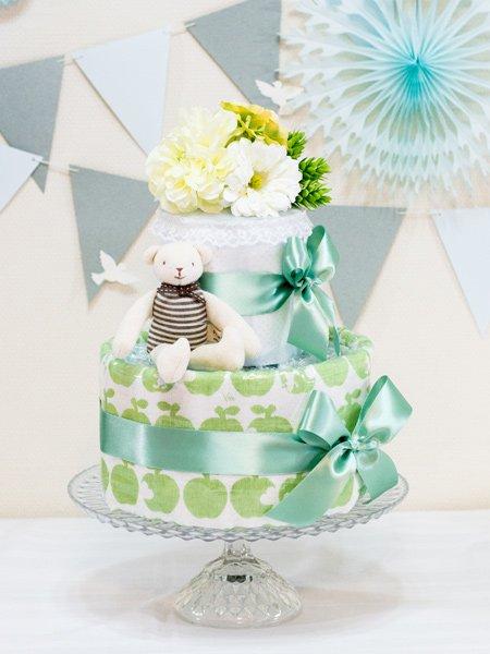 青リンゴ柄・白雪友禅バスタオル付きおむつケーキ