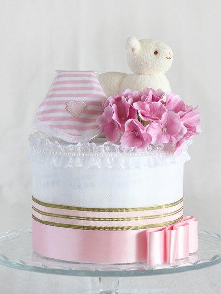 スタイとぬいぐるみ付きおむつケーキ「メリイ・ピンク」