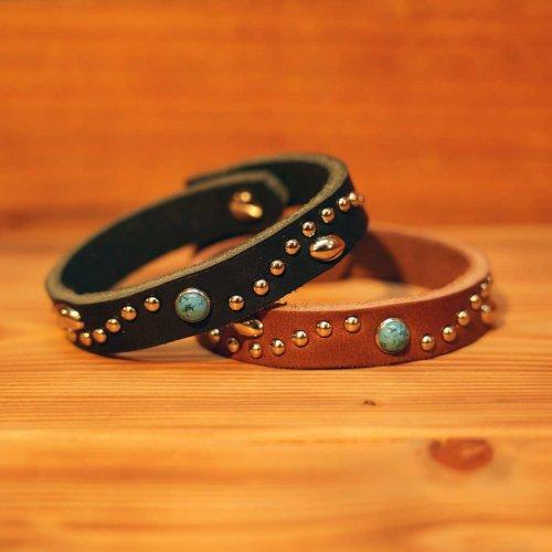 手染め牛革 カウレザー アラベスクスタッズ ターコイズ ブレスレット ターコイズ×シルバー/ Grain leather studs bracelet