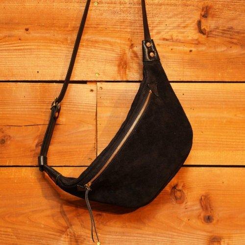 スウェード素材 ラウンドショルダーバッグ ブラック / Suede Round Shoulder Bag Black