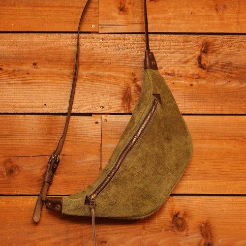 スウェード素材 ラウンドショルダーバッグ オリーブ / Suede Round Shoulder Bag Olive