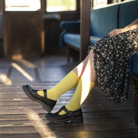 """足にやさしい靴下""""さあ旅に出よう"""":TRIP SCOTT TYPE.S-01/YELLOW"""