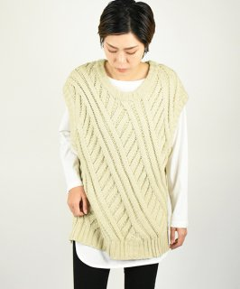 【ChignonStar】Low Gauge Knit Gilet (Beige)