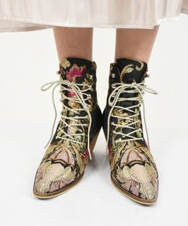 【RAYDY SELECT】Flower Embroidery Short Boots<br>定価9,800円<img class='new_mark_img2' src='https://img.shop-pro.jp/img/new/icons24.gif' style='border:none;display:inline;margin:0px;padding:0px;width:auto;' />
