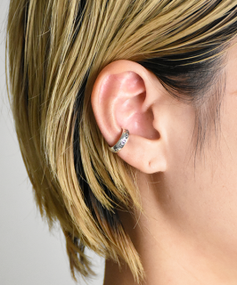 【Folk/N】Star Stamp Earcuffs (F-030)<img class='new_mark_img2' src='https://img.shop-pro.jp/img/new/icons14.gif' style='border:none;display:inline;margin:0px;padding:0px;width:auto;' />