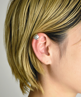 【Folk/N】Wide Coin Earcuffs (F-036)<img class='new_mark_img2' src='https://img.shop-pro.jp/img/new/icons14.gif' style='border:none;display:inline;margin:0px;padding:0px;width:auto;' />