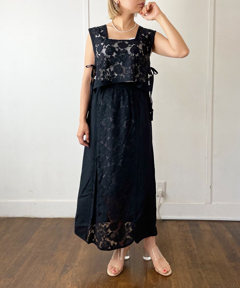 【CHIGNON】Lace bustier Tops (Black)<img class='new_mark_img2' src='https://img.shop-pro.jp/img/new/icons23.gif' style='border:none;display:inline;margin:0px;padding:0px;width:auto;' />