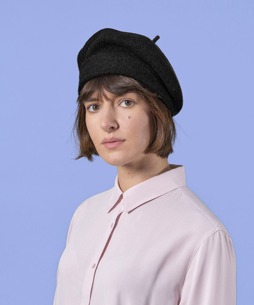 【Kopka】Woollen Roll Up Beret(Black)<img class='new_mark_img2' src='https://img.shop-pro.jp/img/new/icons14.gif' style='border:none;display:inline;margin:0px;padding:0px;width:auto;' />