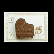 ブローチ ピアノ