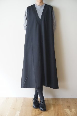 <img class='new_mark_img1' src='https://img.shop-pro.jp/img/new/icons48.gif' style='border:none;display:inline;margin:0px;padding:0px;width:auto;' />【Honnete】Sleeveless V Wide Dress