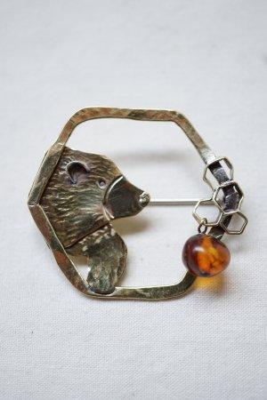 【 Art Jewelry Marble 】 クマとハチミツ ブローチ