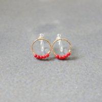 [即納][minikin][樹脂イヤリング]14kgf/コーラルが並ぶ小さなイヤリング