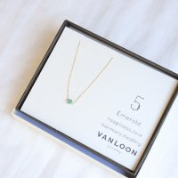 [VANLOON]K10/K18【5月/エメラルド】小さな誕生石のネックレス