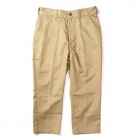 <img class='new_mark_img1' src='//img.shop-pro.jp/img/new/icons50.gif' style='border:none;display:inline;margin:0px;padding:0px;width:auto;' />LIFT UP STANDARD CROPPED PANTS( BEIGE )