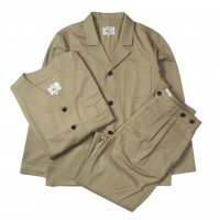 <img class='new_mark_img1' src='//img.shop-pro.jp/img/new/icons15.gif' style='border:none;display:inline;margin:0px;padding:0px;width:auto;' />KNICKER BOCKER MFG Three Piece KHAKI