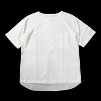 <img class='new_mark_img1' src='https://img.shop-pro.jp/img/new/icons50.gif' style='border:none;display:inline;margin:0px;padding:0px;width:auto;' />VOO GOOD COMBO TEE SU OFF WHITE