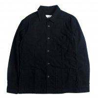 <img class='new_mark_img1' src='https://img.shop-pro.jp/img/new/icons50.gif' style='border:none;display:inline;margin:0px;padding:0px;width:auto;' />Corridor Black Felted Overshirt