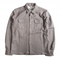 <img class='new_mark_img1' src='//img.shop-pro.jp/img/new/icons15.gif' style='border:none;display:inline;margin:0px;padding:0px;width:auto;' />KNICKER BOCKER MFG CASH SHIRT OATMEAL GRAY