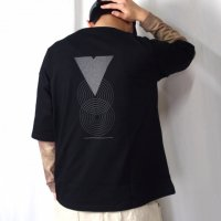<img class='new_mark_img1' src='https://img.shop-pro.jp/img/new/icons50.gif' style='border:none;display:inline;margin:0px;padding:0px;width:auto;' />VOO×FORTY FIVE Limited edition REFLECTOR TEE BLACK