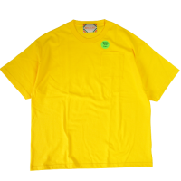<img class='new_mark_img1' src='https://img.shop-pro.jp/img/new/icons15.gif' style='border:none;display:inline;margin:0px;padding:0px;width:auto;' />RELAX FIT POCKET S/S T-SHIRT YELLOW