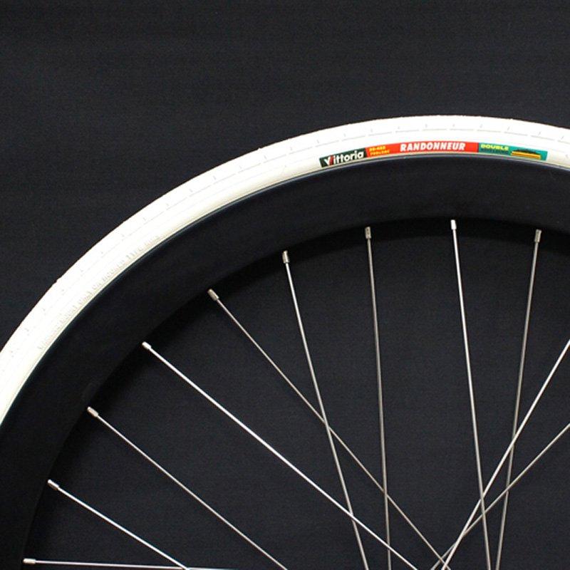 Vittoria - Randonneur Clincher Tire (White , 700c x 28)