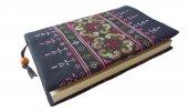 モン刺繍の新書版用ブックカバー(PW)