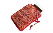 ミェン刺繍のクッション入りポーチ(R15)