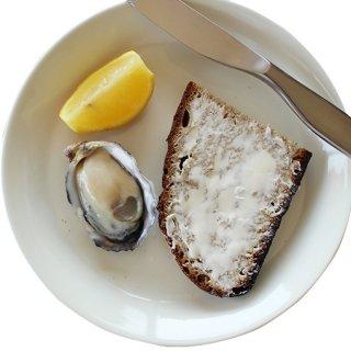 究極のパンと生牡蠣の贅沢セット