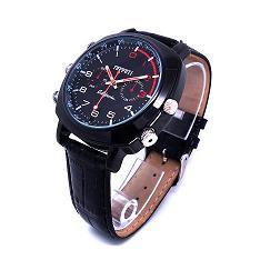 【腕時計型カメラ】<フルハイビジョン1080P>ビデオウオッチ 30m防水 16G内蔵★送料無料★