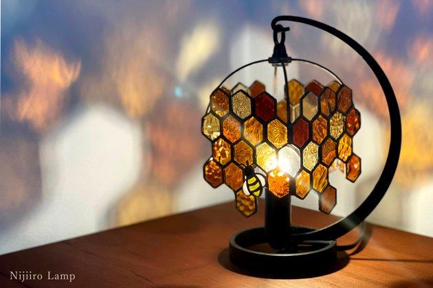 テーブルランプ Honeybee umber ミツバチ アンバー【画像5】