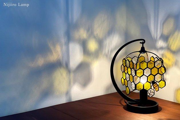 テーブルランプ Honeybee yellow ミツバチ イエロー【画像3】