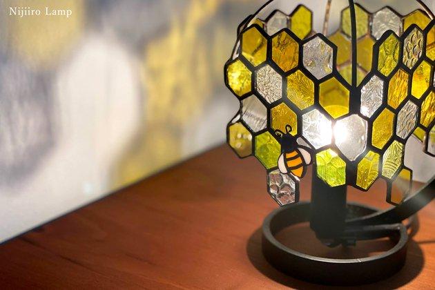 テーブルランプ Honeybee yellow ミツバチ イエロー【画像4】