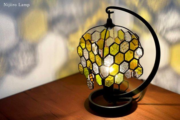 テーブルランプ Honeybee yellow ミツバチ イエロー【画像6】