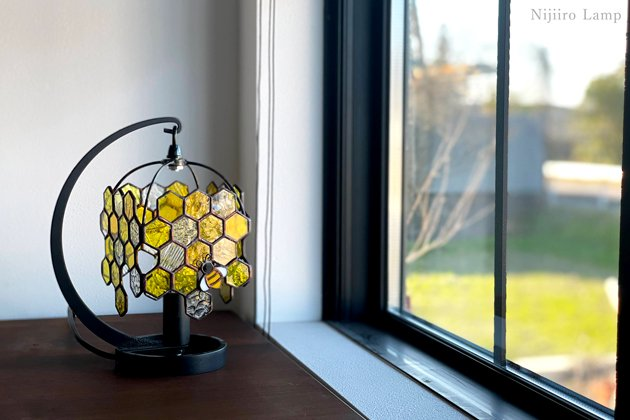 テーブルランプ Honeybee yellow ミツバチ イエロー【画像8】